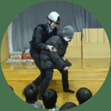 不審者対策の訓練の写真